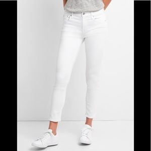 MIDRISE WHITE SKINNY JEANS